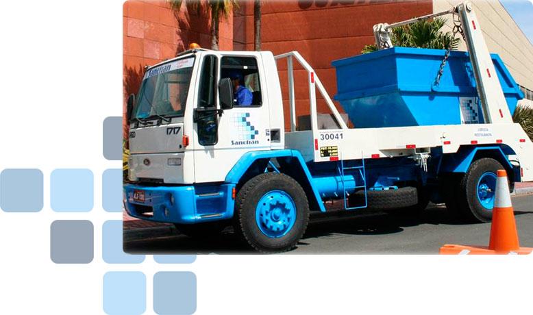 Caminhão Poliguindaste / Brook